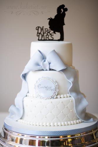 lyseblå sløyfe kake